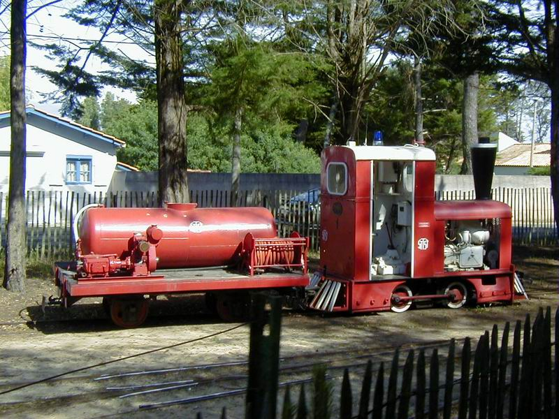 [17 - FR] 2003-05-09 et 10 - Le p'tit train de Saint-Trojan 2013-05_oleron_02