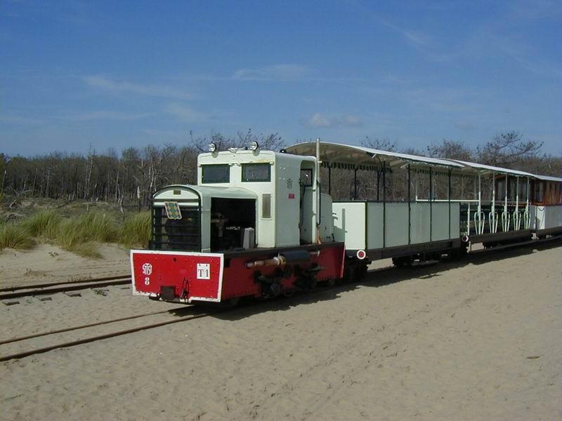 [17 - FR] 2003-05-09 et 10 - Le p'tit train de Saint-Trojan 2013-05_oleron_06