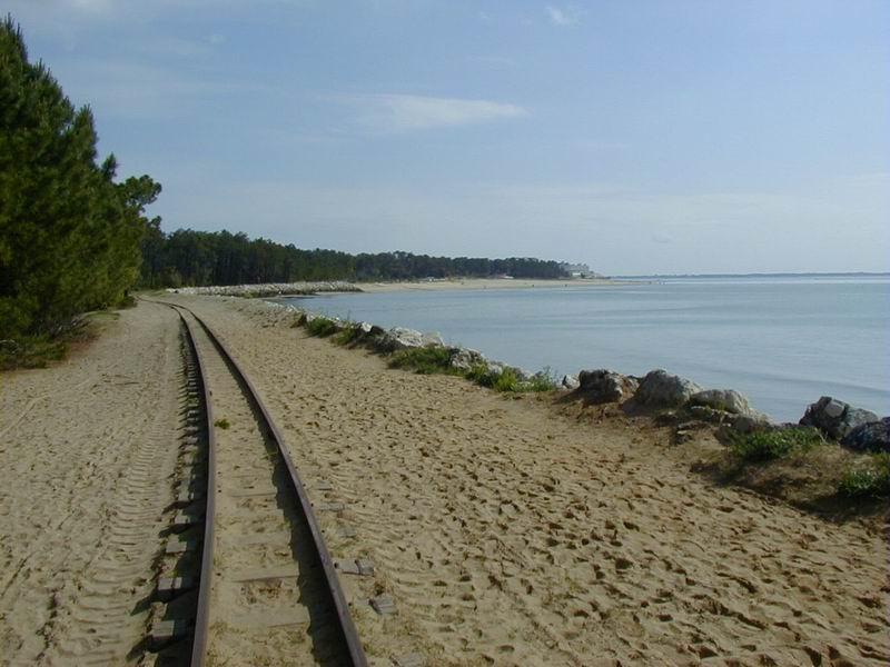 [17 - FR] 2003-05-09 et 10 - Le p'tit train de Saint-Trojan 2013-05_oleron_56