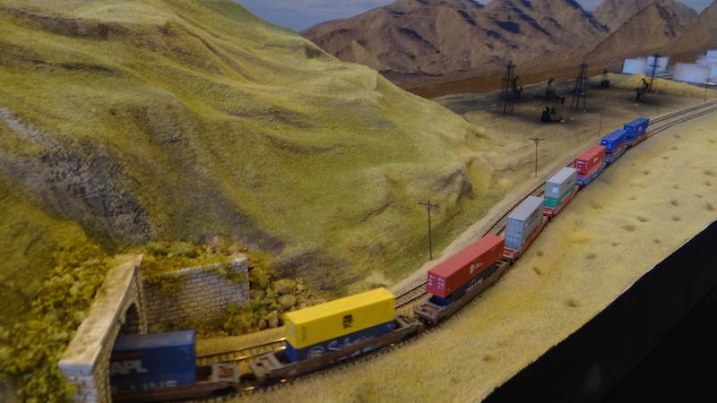 Parmi les trains les plus longs du monde HDM2015_081