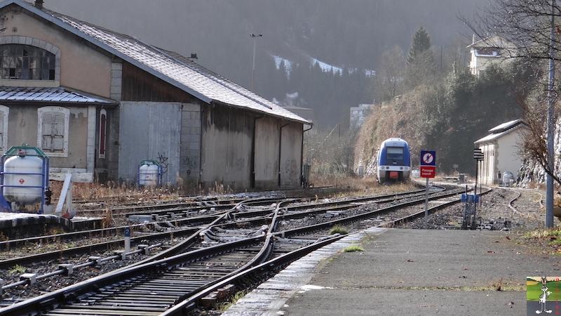 [39 - FR] 2017-12-08 : Dernier voyage d'un train à St-Claude 2017-12-08_gare_st_claude_11