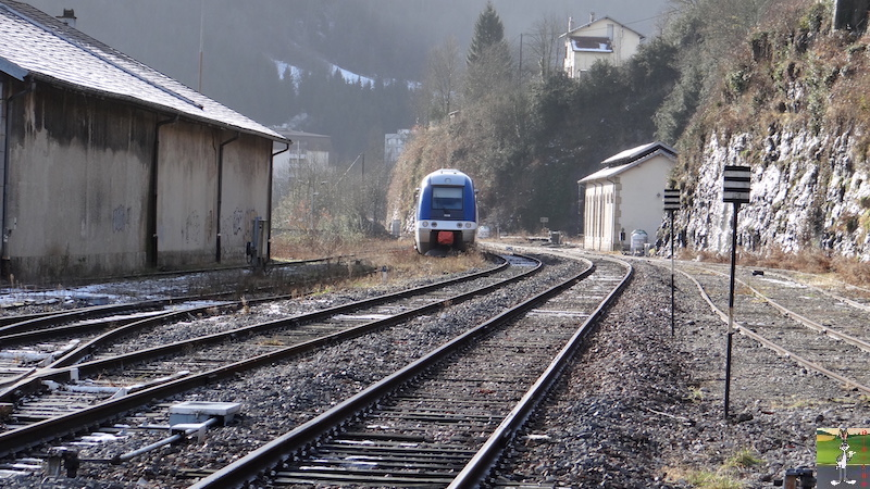 [39 - FR] 2017-12-08 : Dernier voyage d'un train à St-Claude 2017-12-08_gare_st_claude_12