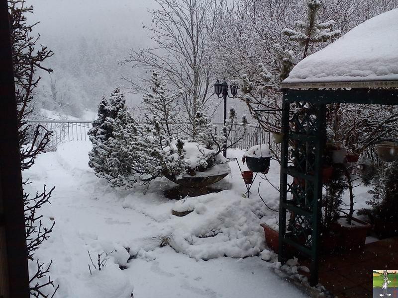 """Les 4 Saisons de """"Mon Jura"""" - Page 2 2012-02-19_neige_02"""