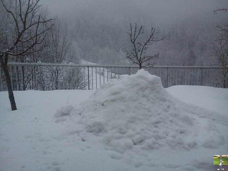 """Les 4 Saisons de """"Mon Jura"""" - Page 2 2012-02-19_neige_03"""