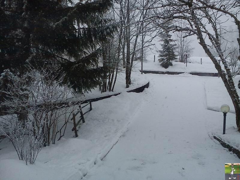 2012-02-19 : Neige à La Mainmorte (39)  2012-02-19_neige_04