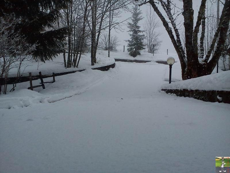 2012-02-19 : Neige à La Mainmorte (39)  2012-02-19_neige_09