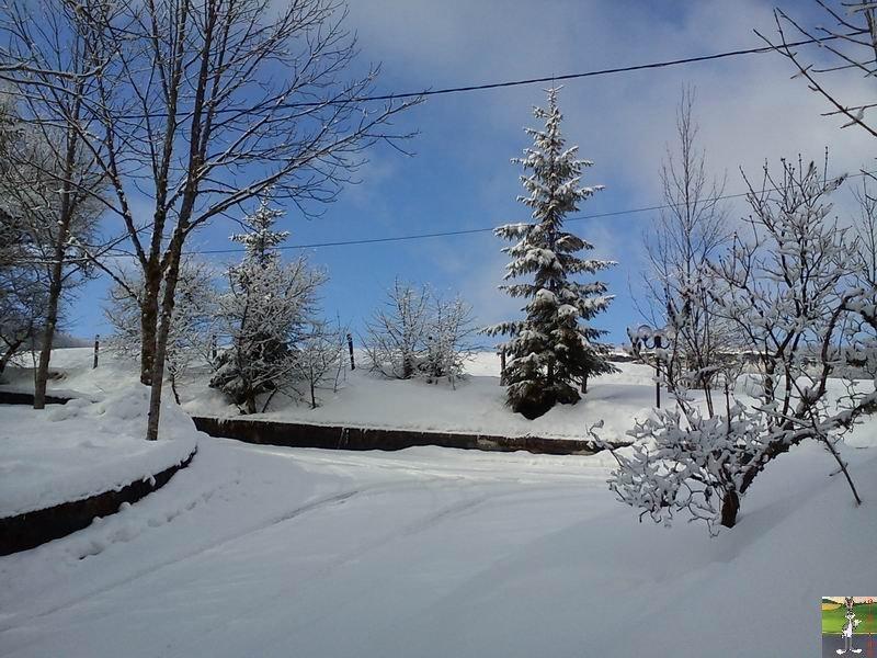 """Les 4 Saisons de """"Mon Jura"""" - Page 2 2012-02-19_neige_10"""