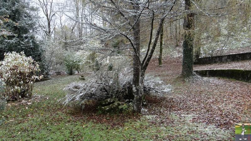 """Les 4 Saisons de """"Mon Jura"""" - Page 2 2012-10-27_premiere_neige_02"""