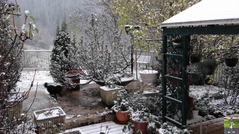 """Les 4 Saisons de """"Mon Jura"""" - Page 2 2012-10-27_premiere_neige_05"""