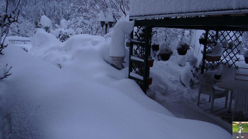 """Les 4 Saisons de """"Mon Jura"""" - Page 3 2012-12-08_neige_02"""