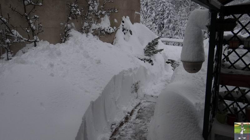 """Les 4 Saisons de """"Mon Jura"""" - Page 3 2012-12-08_neige_06"""