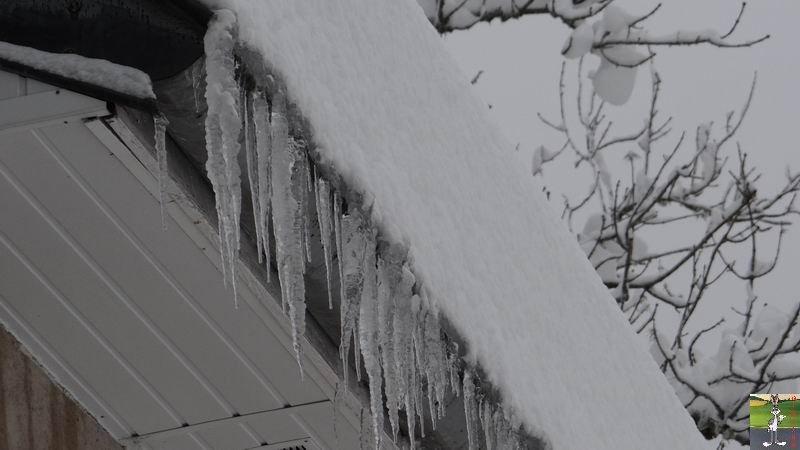 """Les 4 Saisons de """"Mon Jura"""" - Page 3 2012-12-08_neige_10"""