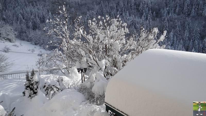 """Les 4 Saisons de """"Mon Jura"""" - Page 3 2012-12-09_neige_04"""