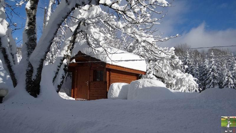 """Les 4 Saisons de """"Mon Jura"""" - Page 3 2012-12-09_neige_06"""