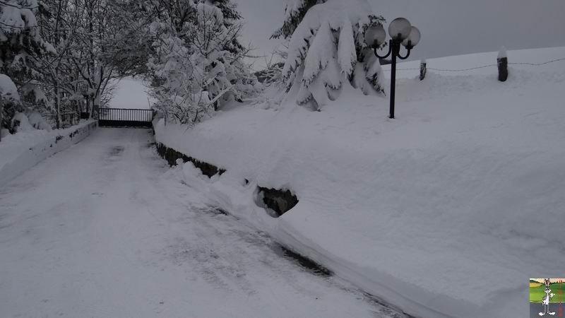 """Les 4 Saisons de """"Mon Jura"""" - Page 3 2012-12-09_neige_07"""