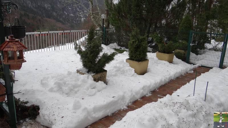 """Les 4 Saisons de """"Mon Jura"""" - Page 3 2012-12-16_neige_01"""