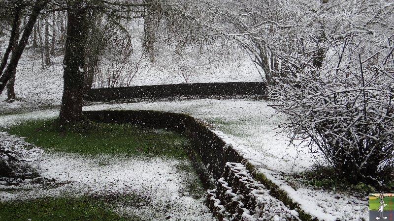 2013-04-27 : On n'en a pas encore fini avec la neige 2013-04-27_neige_02