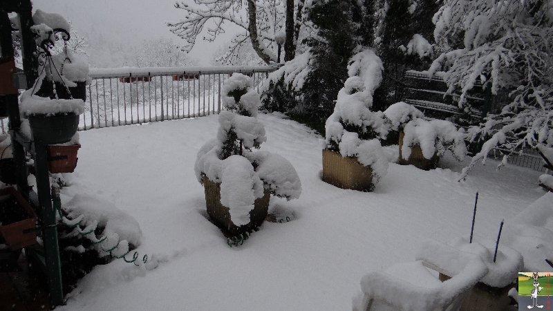 2013-04-27 : On n'en a pas encore fini avec la neige 2013-04-27_neige_04