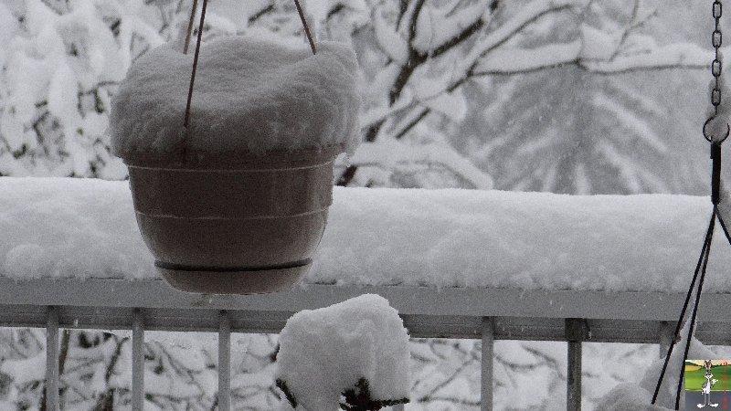 2013-04-27 : On n'en a pas encore fini avec la neige 2013-04-27_neige_08