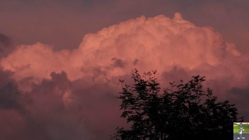 """Les 4 Saisons de """"Mon Jura"""" - Page 5 2014-09-05_nuages_lune_02"""