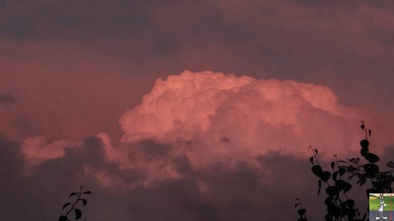 """Les 4 Saisons de """"Mon Jura"""" - Page 5 2014-09-05_nuages_lune_03"""