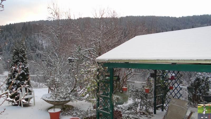 2014-12-26 : Neige du matin à La Mainmorte (39) 2014-12-26_neige_01