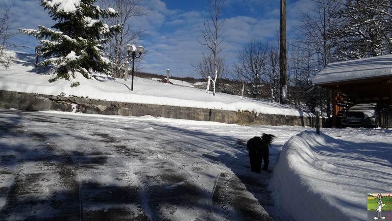 2014-12-30 : Neige, froid et soleil à La Mainmorte et en descendant à St-Claude (39) 2014-12-30_neige_soleil_01