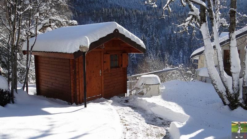 2014-12-30 : Neige, froid et soleil à La Mainmorte et en descendant à St-Claude (39) 2014-12-30_neige_soleil_04