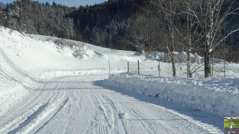 2014-12-30 : Neige, froid et soleil à La Mainmorte et en descendant à St-Claude (39) 2014-12-30_neige_soleil_06