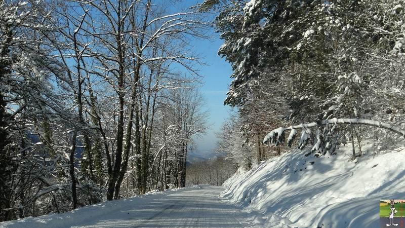 2014-12-31 : Neige, froid et soleil à La Mainmorte et en descendant à St-Claude (39) 2014-12-31_neige_soleil_16