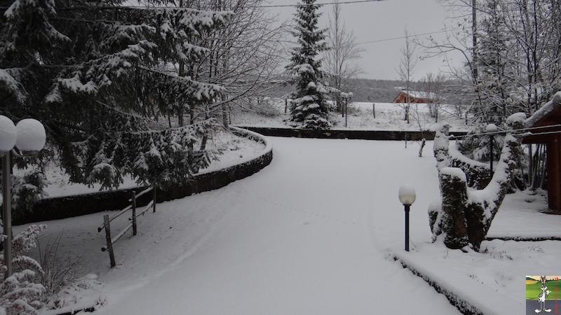 "2015-11-21 : ""Vraie"" première neige à La Mainmorte (39) 2015-11-21_neige_08"