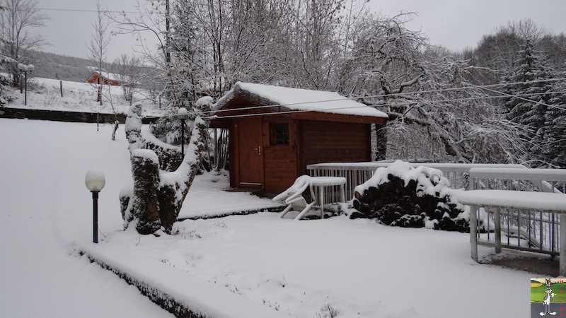 "2015-11-21 : ""Vraie"" première neige à La Mainmorte (39) 2015-11-21_neige_10"