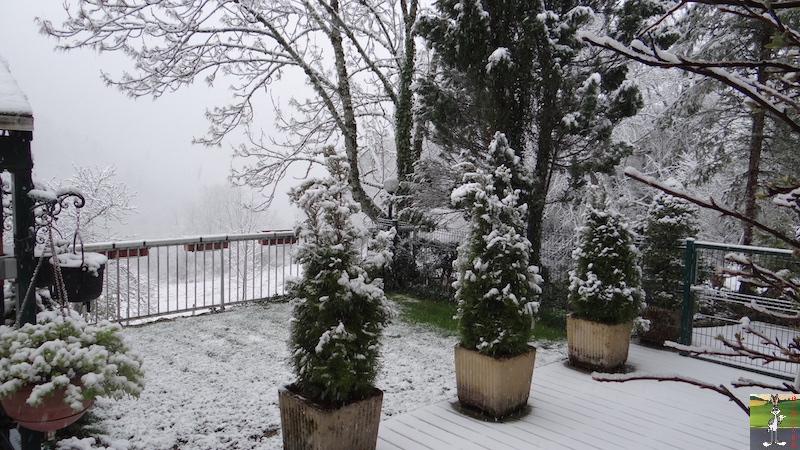 2016-05-01 : Encore et toujours de la neige à La Mainmorte (39) 2016-05-01_neige_01