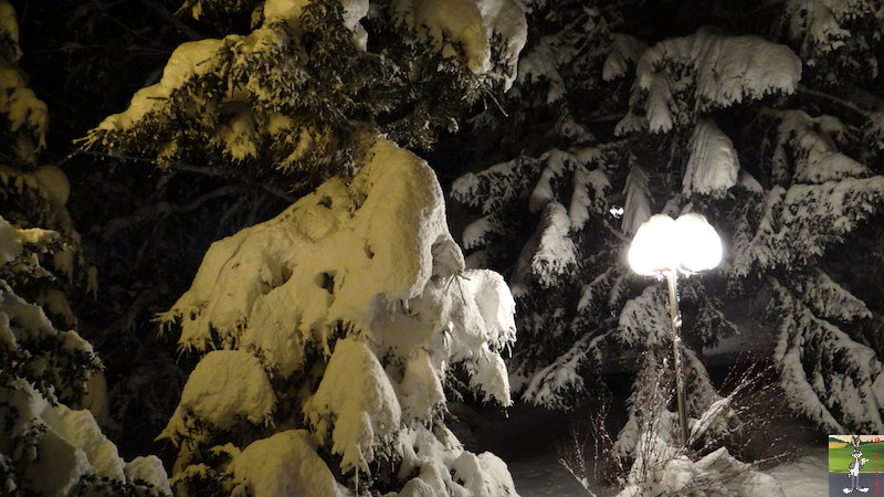 2017-12-01 : Neige de nuit à La Mainmorte (39) 2017-12-01_Neige_Nuit_08