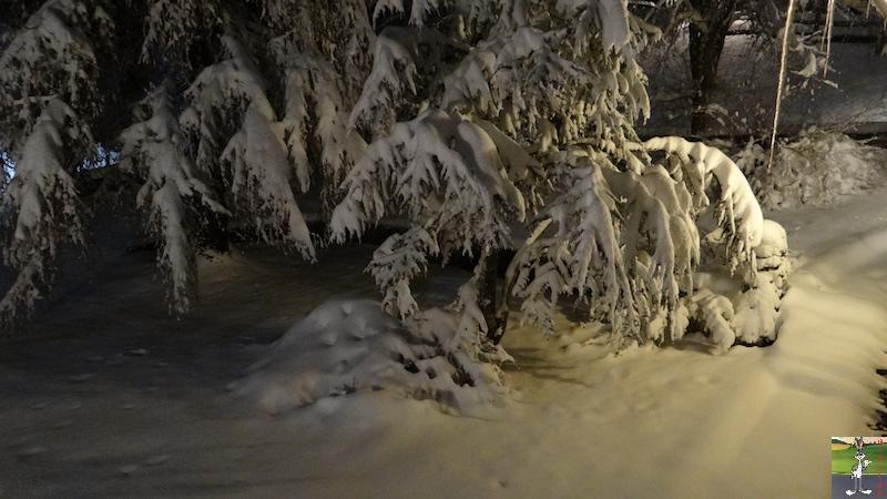 2017-12-01 : Neige de nuit à La Mainmorte (39) 2017-12-01_Neige_Nuit_12