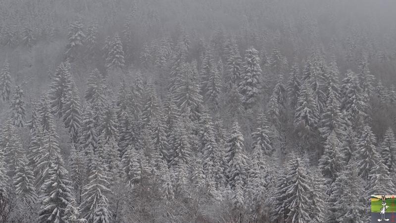 2017-12-16 : Neige et déco de Noël à La Mainmorte (39) 2017-12-16_Neige_deco_noel_08