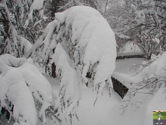 Chutes de neige durant le week-end de Pâques 2008 La_Mainmorte_06