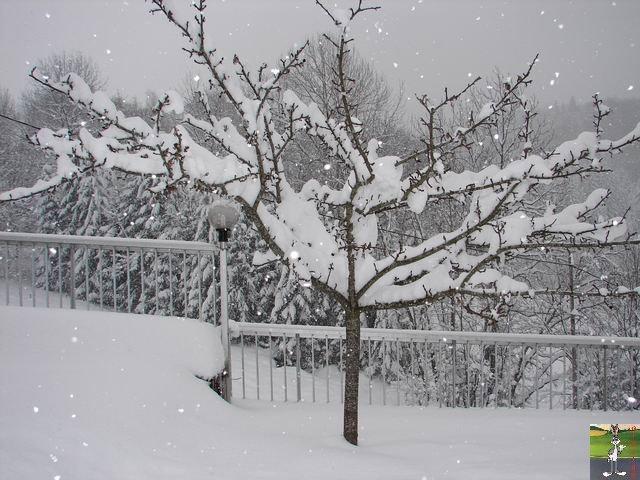 Chutes de neige durant le week-end de Pâques 2008 La_Mainmorte_11