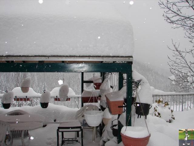 Chutes de neige durant le week-end de Pâques 2008 La_Mainmorte_13