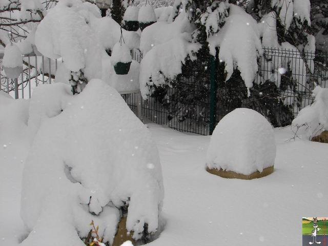 Chutes de neige durant le week-end de Pâques 2008 La_Mainmorte_14