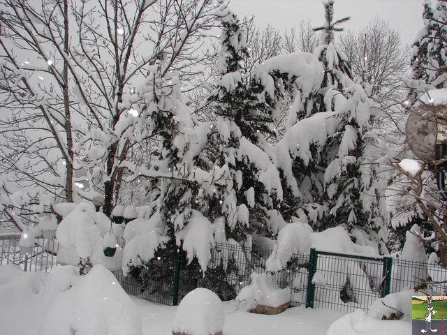Chutes de neige durant le week-end de Pâques 2008 La_Mainmorte_18