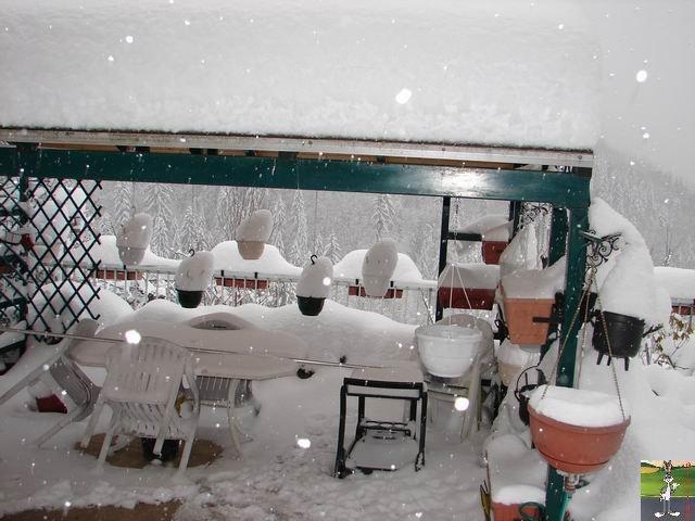 Chutes de neige durant le week-end de Pâques 2008 La_Mainmorte_19