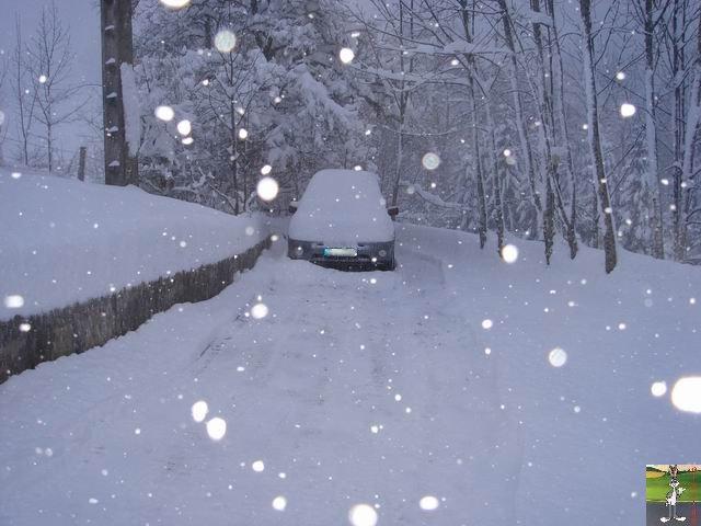 Chutes de neige durant le week-end de Pâques 2008 La_Mainmorte_20