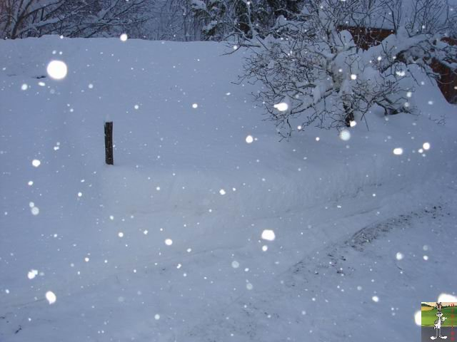 Chutes de neige durant le week-end de Pâques 2008 La_Mainmorte_23