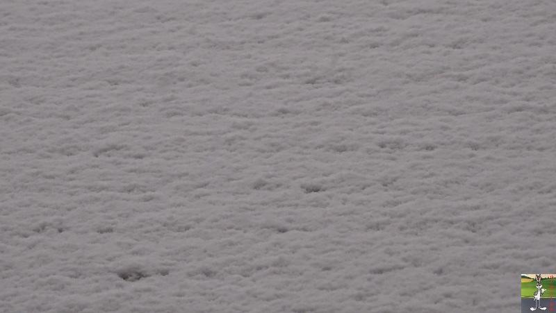2019-05-04 : Re re re re re retour de la neige à La Mainmorte (39) 2019-05-04_neige_02