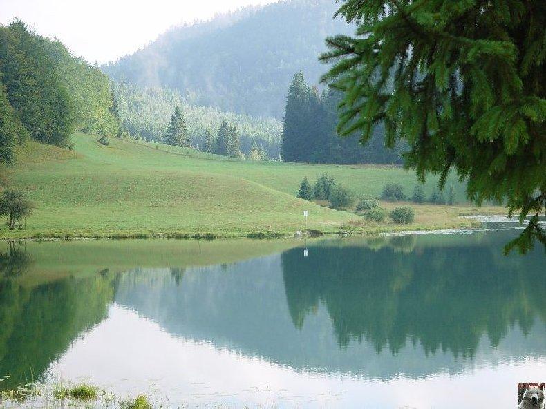 Le Lac Genin (01) 0011