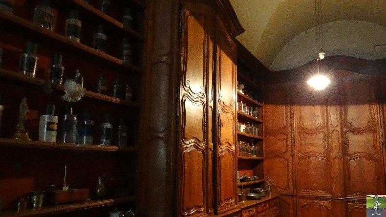 L'apothicairerie de l'Hôtel Dieu de Lons le Saunier- 7 mars 2014 026