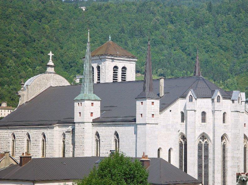 002 - St Claude (39) La cathédrale des Trois Apôtres (St Pierre, St Paul, St André) 0004