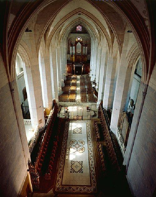 002 - St Claude (39) La cathédrale des Trois Apôtres (St Pierre, St Paul, St André) 0011