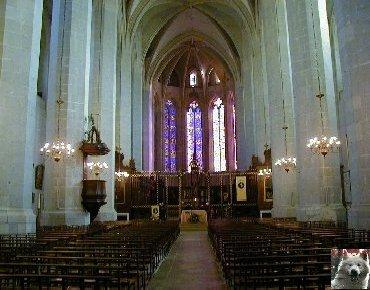 002 - St Claude (39) La cathédrale des Trois Apôtres (St Pierre, St Paul, St André) 0013